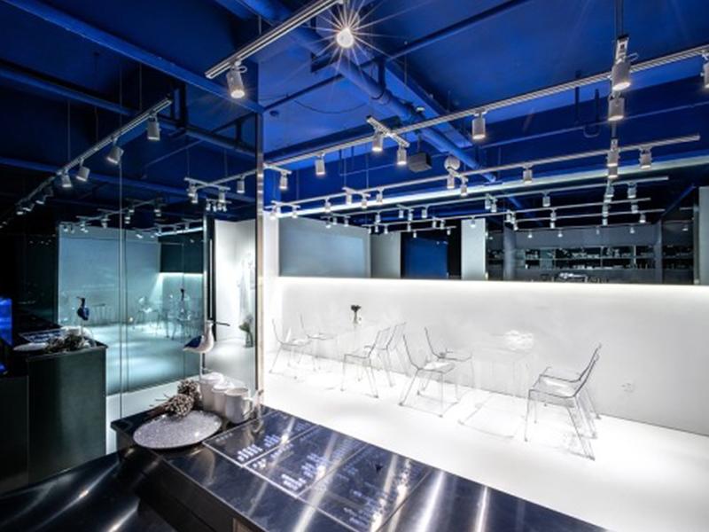 深海咖啡馆